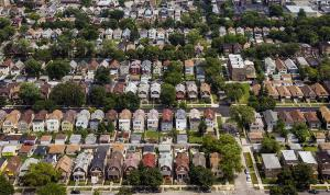 Ct-chicago-property-tax-double-whammy-met-20160731